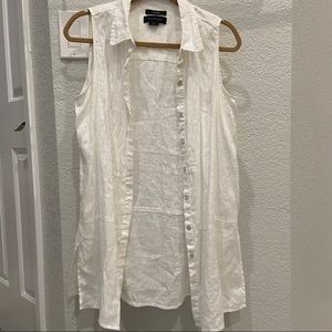 2/$20 Tahari Linen Sleeveless Button Down Top